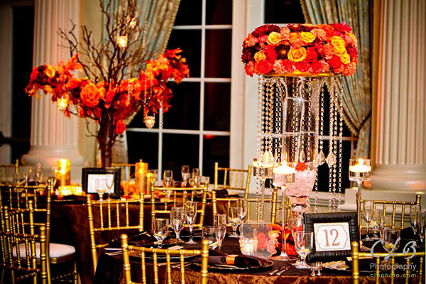 In pastels or sunny bold hues, yellow and orange are two colors sure to bring happiness to any guest. Sprinkle these colors throughout your wedding decorations and favors for even more cheer.