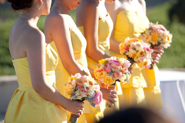 Yellow wedding color combination ideas dream weddings for Pink and yellow wedding theme ideas